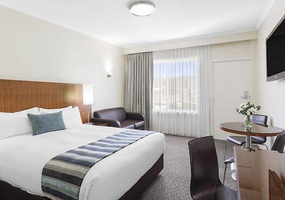 Best Western Plus Garden City Hotel Canberra